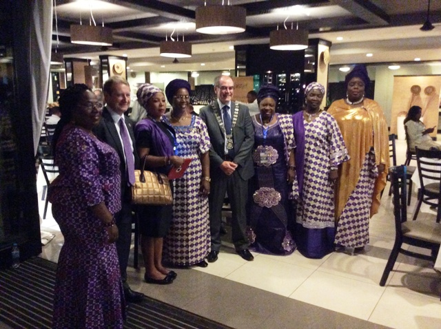 President CILT Int'l, Mr. Paul Brooks, FCILT (4th R), Sec. Gen. CILT Int'l, Mr. Keith Newton, FCILT (2nd L) flanked by members of WiLAT, Nigeria @ d Forum