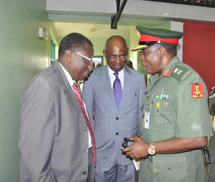 Maj Gen UT Usman (Rtd), FCILT, President, CILTN (middle), Deputy Nat'l President, Prof. Oyesiku, FCILT (L) &