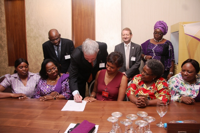 CILT International President-Elect, Mr. Kevin Byrne during the signing of WiLAT Africa constituttion