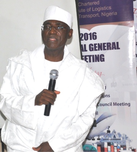 Fmr National President of CILT, Nigeria, Maj. Gen. U. T. Usman (Retd.), giving a speech