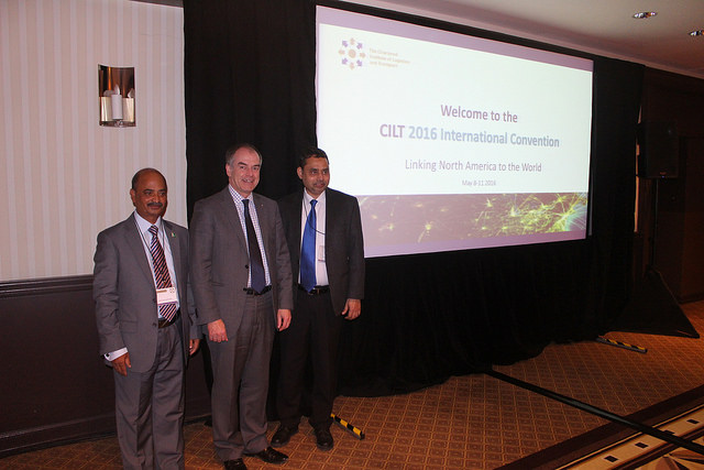 Paul Brooks (President, CILT, International) & some delegates