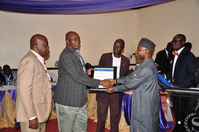 Presentation of award to Ladoke Akintola University of Technology