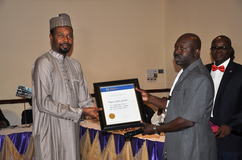 Presentation of award to Nagero & Sons Limited